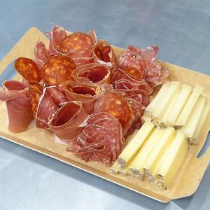 Plateau apéritif de 5 Charcuteries & Fromages du Pays Basque - Epicerie Piquillos à Strasbourg